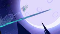 Princess Celestia dodging beam S4E2