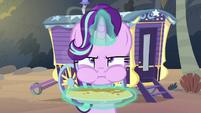 Starlight Glimmer eating a haycake S8E19