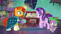 Starlight looks at Spike S6E2