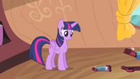Twilight sees a tiny bed comes out of the small bed S4E11