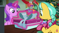 Amethyst gift wrapping a present MLPBGE