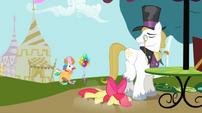 Apple Bloom falling near snobby stallion S2E17