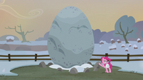 Pinkie Pie introduces Holder's Boulder S5E20