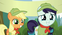 Rara and Applejack smiling S5E24