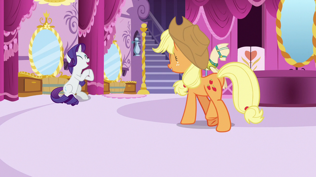 File:Rarity clapping her hooves with delight S7E9.png