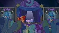 Starlight, Trixie, and manticore take a bow S6E6