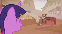 Twilight --I just knew you'd still be here!-- S5E25