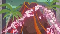Dinosaur skeletons coming to life EGDS1