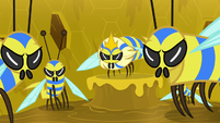 Flash bees glaring at Fluttershy S7E20