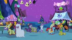 Luna eclipsed halloween