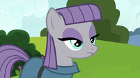 Maud Pie looking at the castle door S7E4