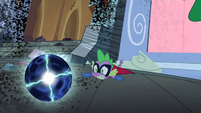 Spike drops the Electro-Orb S4E06