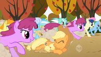 Applejack left in the dust S1E13