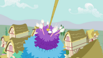 Bird lands on top of the pinata S4E12
