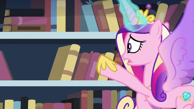 File:Cadance searching for the book S6E2.png