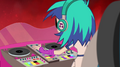 DJ Pon-3 turning up the volume EG2.png