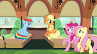 Pinkie tries to tell Rainbow and Applejack the truth S6E18