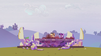 """Spike """"there's also supposed to be a castle"""" S5E25"""