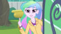 Celestia warns Twilight not to overwater the plants EGDS8.png
