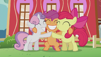 Cutie Mark Crusaders group hug S5E18