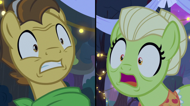 File:Granny Smith and Grand Pear aghast S7E13.png