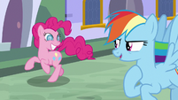 Rainbow Dash challenges Pinkie to a race S9E1