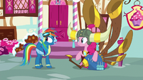 Rainbow Dash talking to Pinkie Pie S8E18