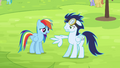 Rainbow sees Soarin now with broken wing S4E10.png