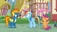 Scootaloo cheering for Rainbow Dash S6E7