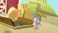 Spike -allow me to assist you further!- S03E09