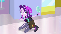 Starlight Glimmer notices the mirror do nothing EGS3