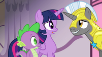 "Twilight and royal guard ""vanished!"" S4E01"