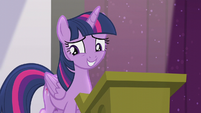 Twilight forgets the next part of her speech S5E25