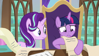 "Twilight looking for ""talk to Starlight"" S9E1"