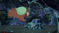 Yona jumps toward stepping rock S8E22