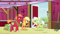 "Young Applejack ""why can't we sell a few barrels"" S6E23"
