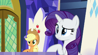 AJ and Rarity looking at Rainbow Dash S7E14