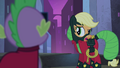 Applejack wanting an explanation S4E06.png