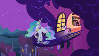 Celestia at the end of the balcony S2E3