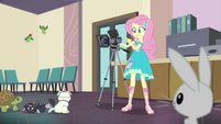 Fluttershy setting up the camera EGDS23