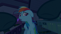 Mrs. Cake reaching for Rainbow Dash S6E15
