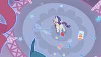 Objects levitating around by Rarity's magic S1E14