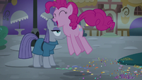 Pinkie Pie excitedly hopping home S8E3