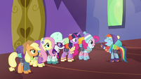 Rainbow Dash --I totally want in!-- S6E17