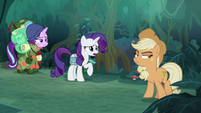 Rarity asks fake Applejack if she's all right S8E13
