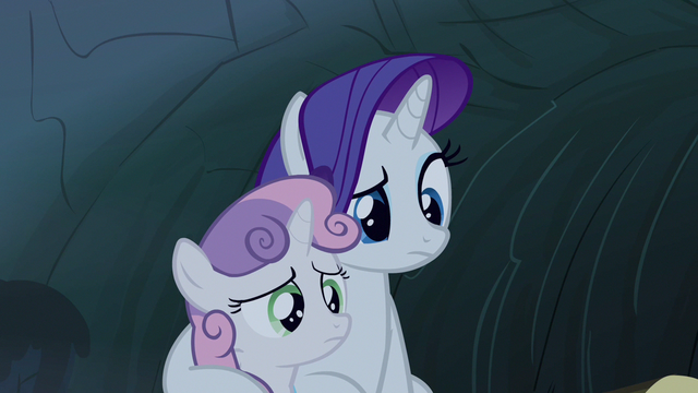 Файл:Rarity this is not scary S3E6.png