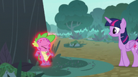 Spike scratching his back on the tree S8E11