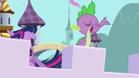Spike singing S3E1