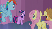 Twilight --you should probably tell the crowd outside-- S6E2