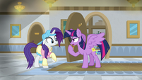Twilight -this isn't enough of a disguise- S8E16
